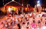 195beach_foam_x_party_m.jpg