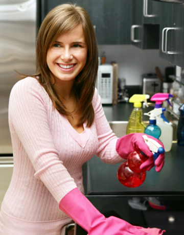 537woman_cleaning_lg.jpg